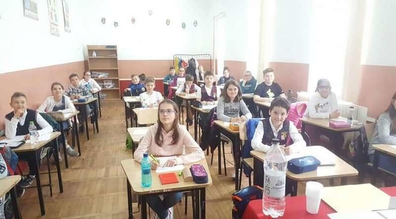 Lugoj Expres Micii matematicieni, în concurs, la Lugoj: Matematica pentru juniori - ediția a VII-a Școala Gimnazială Nr. 4 matematicieni Matematica pentru juniori Lugoj concurs clasa a IV-a centre de excelență