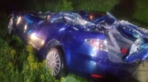 Lugoj Expres Accident grav, pe centura Lugojului: un autotren a derapat și a distrus un autoturism vătămare corporală tineri răniți ISU Timiș dosar penal doi răniți centura Lugojului autoturism autotren accident centura Lugojului accident