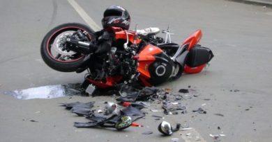 Lugoj Expres Motociclist, rănit grav, într-un accident produs pe DN 68A Lugoj-Deva rănit grav motociclist Lugoj drum DN 68A Deva depășire neregulamentară accident