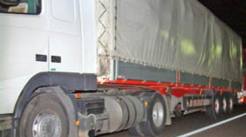 Lugoj Expres Hoți prinși în flagrant, pe autostrada A1 uz de armă Timișoara tentativă Recaș parcare Lugoj hoti furt foc de avertisment flagrant camion autostrada A1