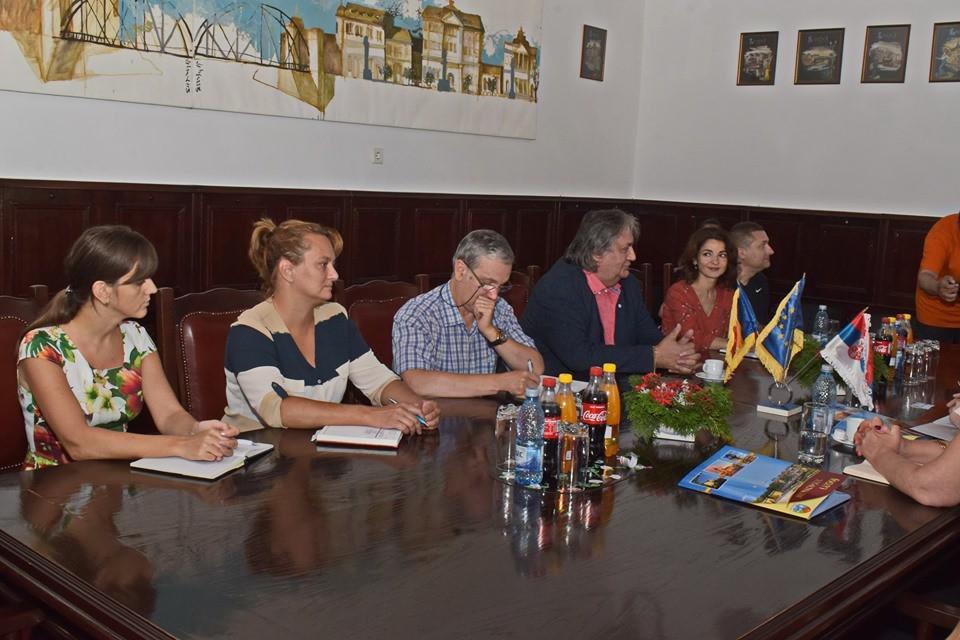 Lugoj Expres Consulul Serbiei, în vizită la Primăria Lugoj Vladan Tadic vizită Serbia proiecte primăria lugoj Lugoj Francisc Boldea consulul Serbiei consulul general colaborare