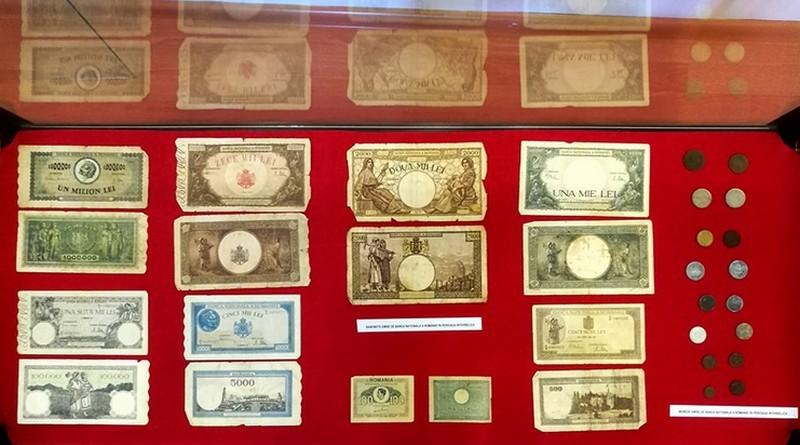 Lugoj Expres Bancnote și monede, în expoziție, la Muzeul de Istorie, Etnografie și Artă Plastică Lugoj muzeul Lugoj muzeu moneda expoziție colecție bancnote