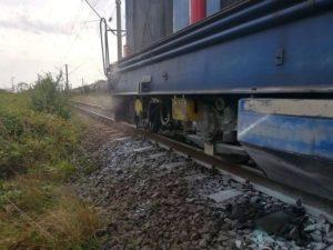 Lugoj Expres Locomotiva unui tren de călători, cuprinsă de flăcări Topolovățu Mare Timișoara Stația de Pompieri Buziaș pompieri panică locomotivă ISU Timiș intervenție incendiu locomotivă incendiu gară flăcări Caransebeș calea ferată
