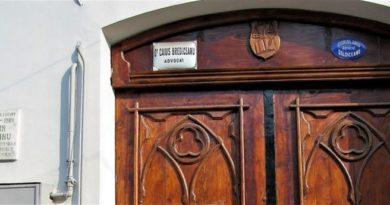 Lugoj Expres Lansare de carte, la Casa Bredicenilor Radu Pavel Gheo Radu Clit Lugoj lansare de carte lansare Herta Muller Eveniment literar de la traumă la scris Casa Bredicenilor carte