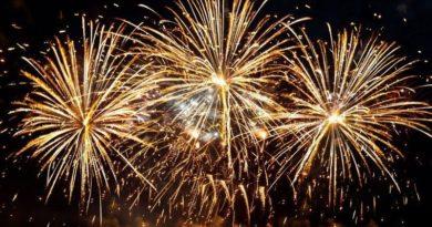 Lugoj Expres Revelion în aer liber cu... Desperado spectacol revelion în aer liber revelion petrecere Lugoj foc de artificii eveniment Desperado cumpăna dintre ani country rock