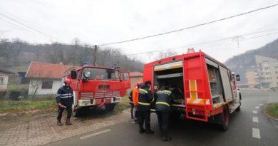 Lugoj Expres Autospecială de intervenție pentru pompierii din Nădrag voluntari urgență stingerea situații pompieri Nădrag ISU Timiș intervenție incendii Consiliul Județean Timiș autospecială