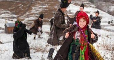 Lugoj Expres Festival de colinde, la Sudriaș: Colindăm Domnului Bun! Traian Vuia Sudriaș interpreți folclor festival eveniment colinde Colindăm Domnului Bun ansambluri folclorice