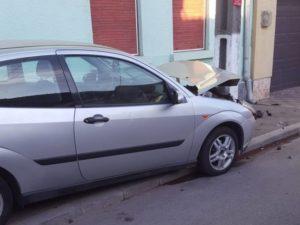 Lugoj Expres Accident violent pe o stradă din Lugoj! O șoferiță a fost rănită șoferiță rănită prioritate Lugoj dosar penal coliziune accident Lugoj accident