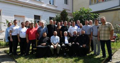 Lugoj Expres Cursuri de vară pentru perfecționarea clerului din Eparhia Greco-Catolică de Lugoj preoți Eparhia Greco-Catolică de Lugoj cursuri de vară