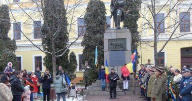 Lugoj Expres Lugojenii au marcat Ziua Națională a României după același scenariu ca și în alți ani Ziua Națională a României la Lugoj 1 Decembrie la Lugoj
