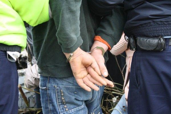 Lugoj Expres Urmărit național, prins într-o localitate din apropierea Lugojului urmărit național urmărit regimul rutier polițiștii lugojeni penitenciar pedeapsă Ohaba-Forgaci infracțiuni închisoare condamnat