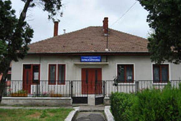 Lugoj Expres Donație din Jena pentru Cantina de Ajutor Social Lugoj Norbert Comouth donație din Jena Cantina de ajutor Social Lugoj