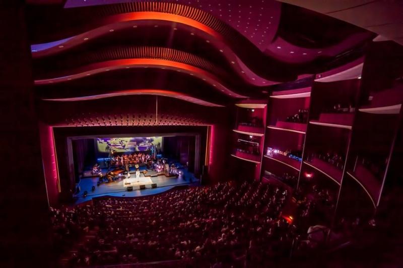 Lugoj Expres Alexandra Ușurelu va susține un concert cu band și orchestra de cameră, la Filarmonica Banatul turneu Timișoara spectacol Filarmonica Banatul am să fiu eu casa ta Alexandra Ușurelu
