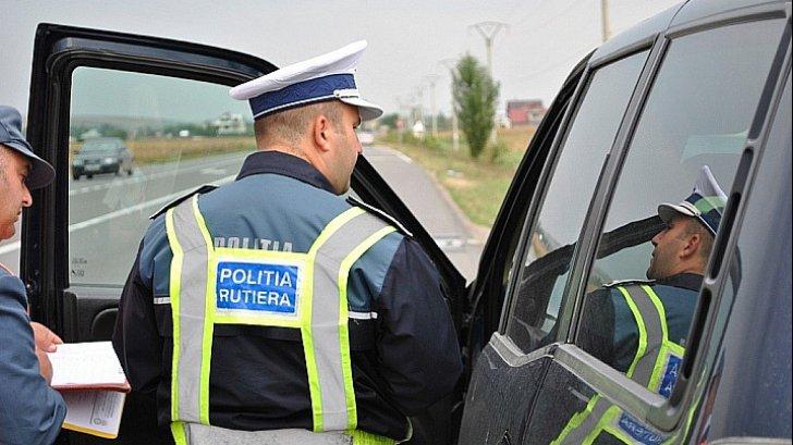 Lugoj Expres Sute de sancțiuni pentru șoferii indisciplinați. Dosar penal pentru un șofer turmentat viteză șoferi indisciplinați sancțiuni contravenționale sancțiuni polițiștii rutieri permise de conducere infracțiuni dosar penal amenzi alcoolemie