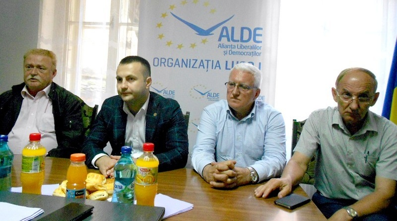 Lugoj Expres ALDE Lugoj și-a schimbat președintele și mizează pe o relație de colaborare cu PSD, nu de subordonare PSD președinte organizare Marian Cucșa colaborare AlDE Timiș ALDE Lugoj ALDE