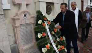 Lugoj Expres Eftimie Murgu - omagiat, la Lugoj, la împlinirea a 147 de ani de la trecerea în veșnicie omagiat om de cultură Episcopia Caransebeșului Eftimie Murgu cimitirul istoric din Lugoj