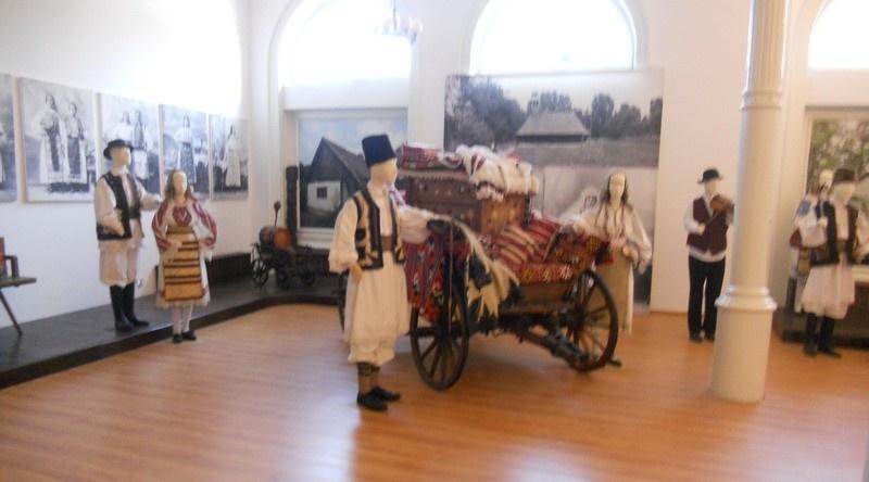 Lugoj Expres Muzeul își redeschide porțile pentru public vizitatori muzeul Lugoj Muzeul de Istorie și Etnografie Lugoj muzeu Lugoj expoziții distanțare fizică