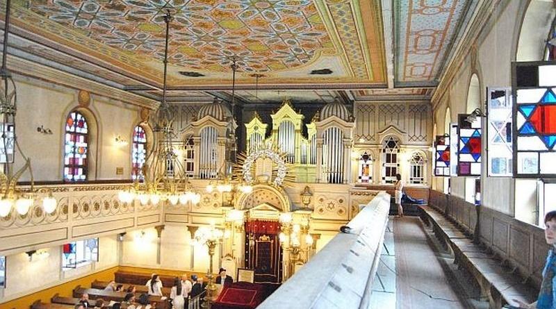 Lugoj Expres Concert coral, la Sinagoga Neologă din Lugoj Ungaria Sinagoga Lugoj sinagoga Panonhalma Lugoj cor concert coral Comunitatea Evreilor Lugoj comunitatea evreilor