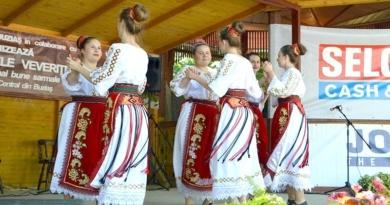 """Lugoj Expres Festivalul """"Zilele Veverițelor"""", în weekend, la Buziaș zilele veverițelor sărbătoarea berii Primăria Buziaș festival concurs gastronomic Buziaș"""