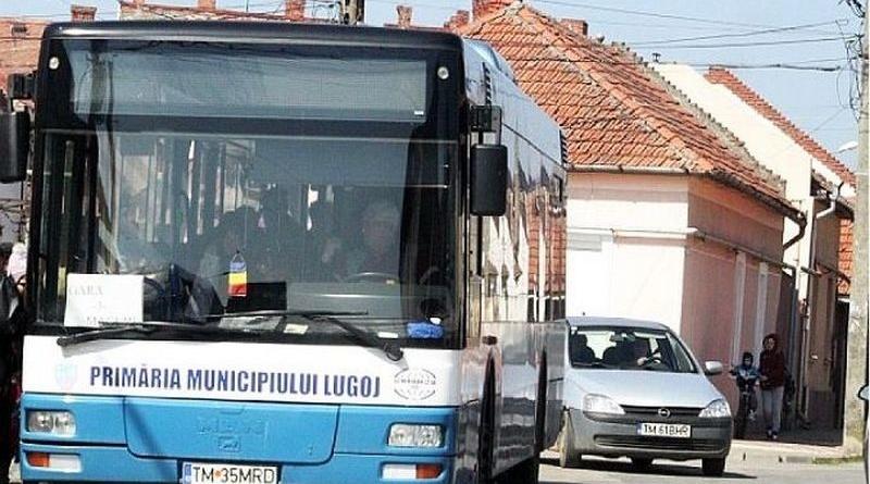 Lugoj Expres Meridian 22 a început acțiunea de eliberare și vizare a legitimațiilor de călătorie gratuite transport în comun transport gratuit Meridian 22 Lugoj Lugoj eliberarea legitimațiilor de călătorie călătorii gratuite călători