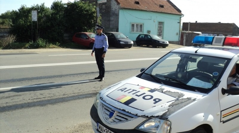 Lugoj Expres Infracțiuni rutiere. Șofer fără permis, depistat în trafic trafic șoferi sancțiuni Polițiști permis de conducere infracțiuni rutiere drumurile publice circulație