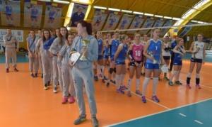 """Lugoj Expres Cupa """"CSM Lugoj"""" a plecat în Serbia volei turneu internațional turneu OK Klek FATUM Nyiregyhaza Cupa CSM Lugoj CSU Medicina Tg. Mureș CSM Lugoj"""