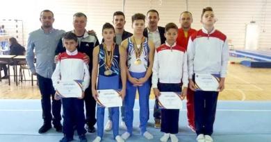 Lugoj Expres Noi medalii pentru gimnaștii de la CSȘ Lugoj premiere medalii gimnastică CSȘ Lugoj campionatele naționale