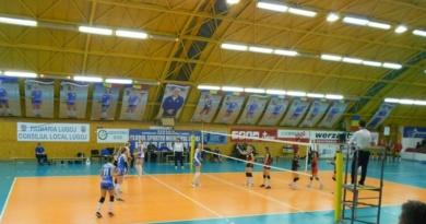 Lugoj Expres CSM Lugoj a început play-off-ul cu două înfrângeri volei play-off Divizia A1 CSM Lugoj Agroland Timișoara