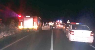 Lugoj Expres Impact violent, între două autoturisme, pe DN 6. Doi oameni au fost răniți șofer încarcerat Lugoj Impact violent doi răniți DN 6 depășire neregulamentară Caransebeș anchetă accident