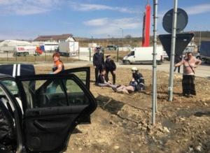 Lugoj Expres Accident violent pe centura Lugojului. Cinci persoane au fost rănite (FOTO) persoane încarcerate ISU Timiș Impact violent circulație restricționată cinci victime centura Lugojului accident