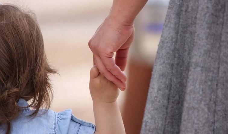 Lugoj Expres Un nou curs de formare a asistenților maternali profesioniști recrutare protecția copilului formare profesională DGASPC Timiș cursuri curs gratuit campanie atestat asistent maternal