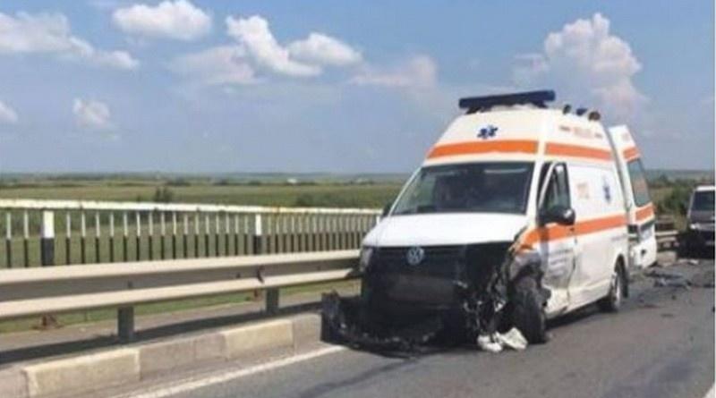 Lugoj Expres Accident cu cinci victime, pe DN 6, între Lugoj și Timișoara victime vătămare corporală pacient Făget dosar penal DN 6 Autostrada Ambulanță accident grav