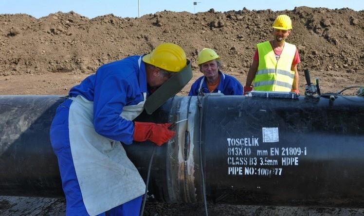 Lugoj Expres Lucrările la gazoductul BRUA au început! La Lugoj va fi un depozit de material tubular Transgaz proiect material tubular lucrări gazoduct gaze depozit conductă BRUA
