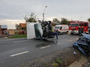 Lugoj Expres Accident teribil, pe DN 6! Trei persoane și-au pierdut viața (FOTO / VIDEO) trei morți tragedie șosea persoane decedate DN 6 Belinț accident teribil accident grav