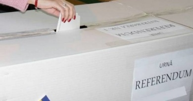 Lugoj Expres Referendum 2018. S-au deschis secțiile de votare vot secții de votare referendum Lugoj familie