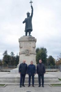 Lugoj Expres Călin Dobra și Nicu Bădina, vizită oficială în Republica Moldova vizită Republica Moldova Raionul Nisporeni președintele CJT Nisporeni Nicu Bădina colaborare Călin Dobra Basarabia