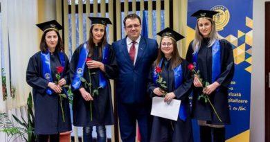 Lugoj Expres O nouă generație de experți contabili a depus jurământul profesioniști jurământ generație experți contabili contabili CECCAR Timiș CECCAR