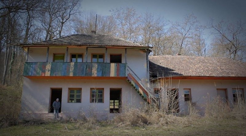 Lugoj Expres Consiliul Județean vrea să preia taberele școlare din Timiș pentru a le reabilita Timiș tabere școlare reabilitare Poieni Strâmbu Poieni Sat investiții Herneacova consiliul județean Chevereș Bogda