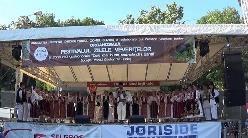 """Lugoj Expres Festivalul """"Zilele veveriţelor"""", în acest weekend, la Buziaș zilele veverițelor spectacol folcloric sarmale port popular paradă muzică populară festival concurs sarmale concerte colonadă Buziaș Banat"""