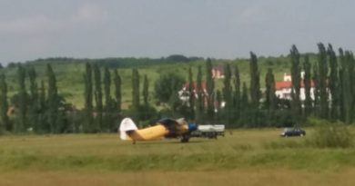 Lugoj Expres Dezinsecția aeriană în Lugoj a fost, din nou, reprogramată... țânțari reprogramare municipiul Lugoj Lugoj dezinsecție aviochimică dezinsecție aeriană dezinsecție crescătorii de albine atenție apicultori albine