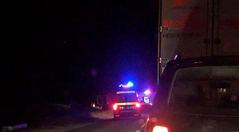Lugoj Expres Impact violent între un autoturism și un camion, pe DN6. Un bărbat a murit Impact violent Găvojdia dosar penal DN 6 camion bărbat decedat autoturism alcool accident grav accident DN6