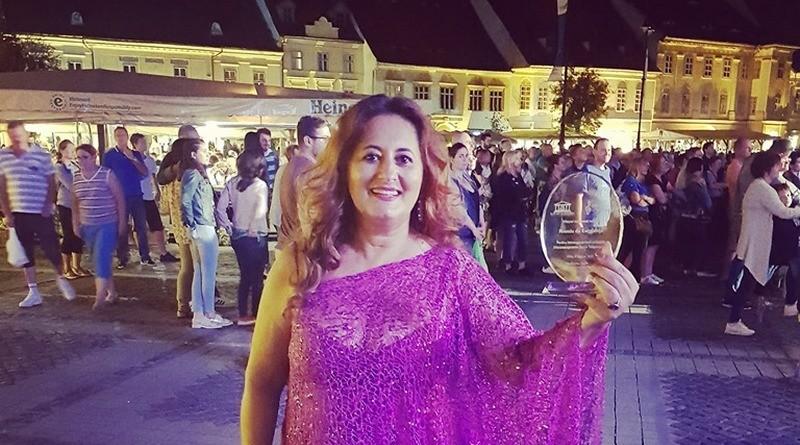 Lugoj Expres Trofeu de Excelență pentru mezzosoprana Aura Twarowska trofeu de excelență Sibiu Proms of Delight mezzosoprana Lugoj festival clasic festival concert Classics for Pleasure carieră artistică Aura Twarowska Ardeal