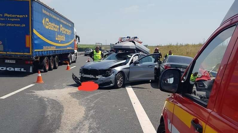 Lugoj Expres Carambol pe autostrada A1! Patru persoane au fost rănite Timișoara persoane rănite patru răniți Lugoj carambol autostrada A1 Autostrada accident
