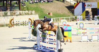 Lugoj Expres Concurs hipic, la Herneacova: Finalele Campionatului Naţional de Sărituri peste Obstacole Herneacova finale echitașie concurs hipic competiție ecvestră campionat national călărie cai
