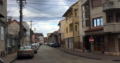 Lugoj Expres Atenție, șoferi! Pe strada Anișoara Odeanu, din Lugoj, se circulă în sens unic strada Anișoara Odeanu sens unic Lugoj circulație atenție șoferi