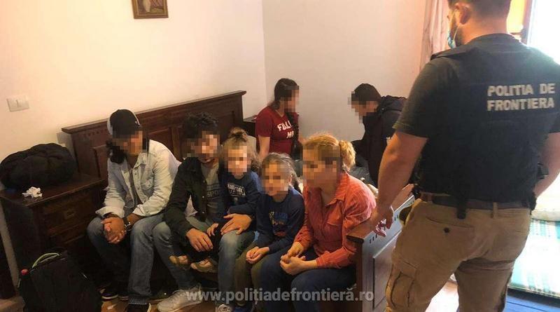 Lugoj Expres Percheziții la Bodo! Într-un imobil închiriat au fost descoperiți 10 migranți din Siria și Turcia trecerea frauduloasă a frontierei trafic de migranți Poliția de Frontieră percheziții migranți mandat infracțiune femeie cercetată penal control Bodo